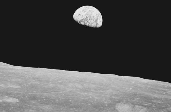 La Luna fotografiada por el Apollo 8
