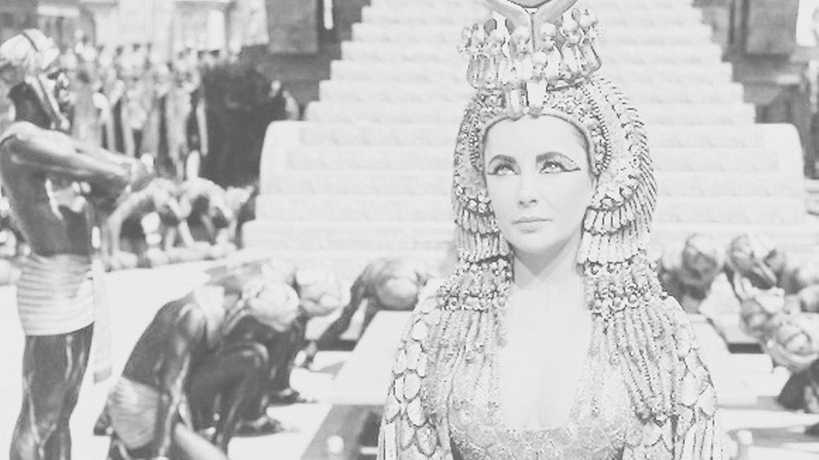 Elizabeth Taylor caracteritzada com a Cleòpatra