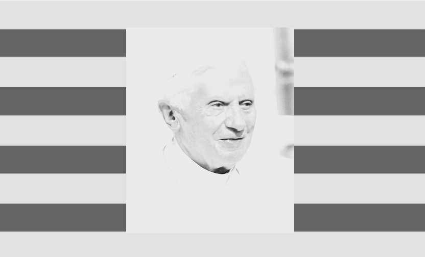 Bennedicto XVI sobre una senyera